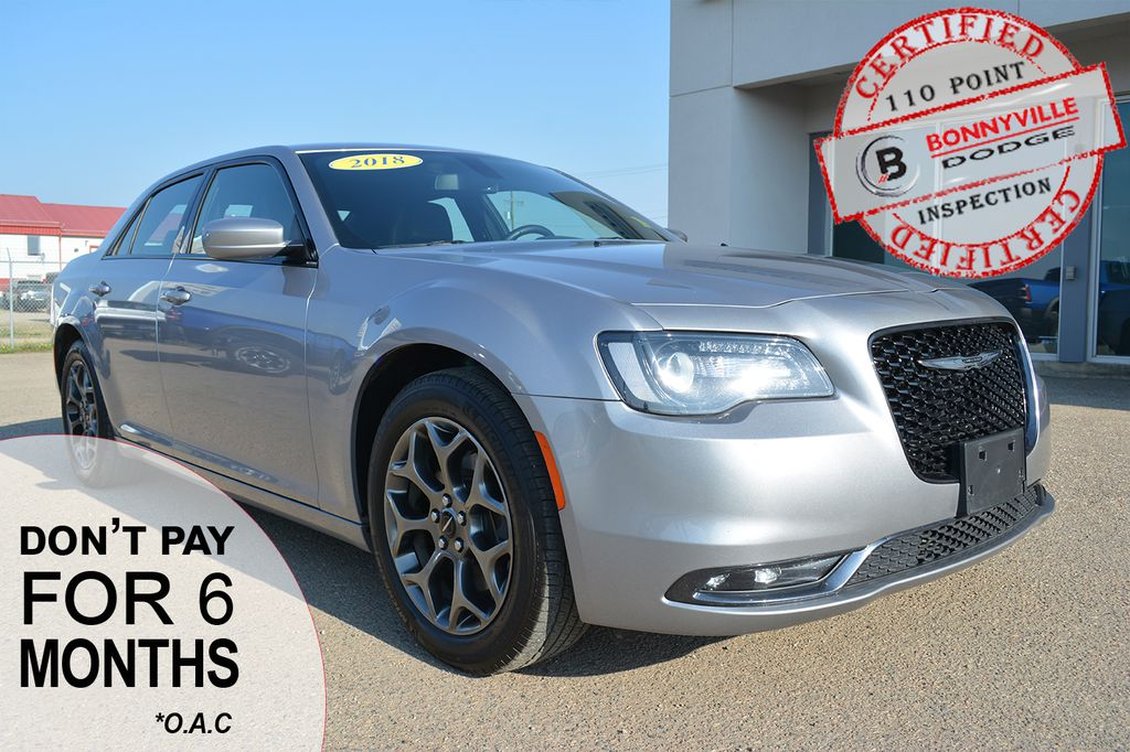 Pre-Owned 2018 Chrysler 300 S- LEATHER, BACK UP CAMERA, REMOTE START, AWD