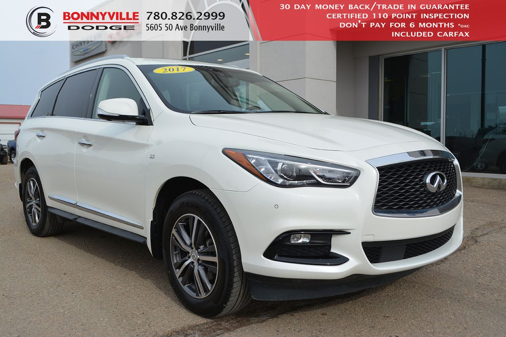 Pre-Owned 2017 INFINITI QX60 - LEATHER, SUNROOF, NAVIGATION, BACK UP CAMERA