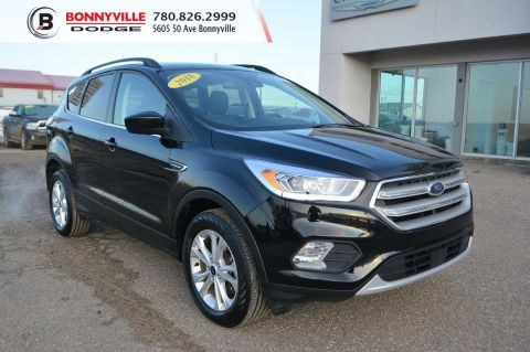 2018 Ford Escape SEL- Leather, Under 50,000 kms, Sunroof, Navigation